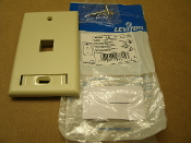 Leviton 42080-1IS Quickport Single Gang Wallplate, 1 Port. Ivory. New. 078477978153.