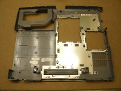 Dell 03N303 PP05L Bottom Base Assembly. Refurbished. GE C7210A. 0N466. Dell D600, D500, 600M.