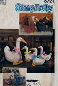 Simplicity 6721 Goose Pattern. New. One Size. 19 Pieces. Large and Small Goose.