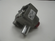 Invensys Controls Z-95064-11 Relief Valve. New. Robertshaw. 1050B, 1/2 PSI Max. Z--95064--11. No Gasket.