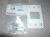 Siemon CT2-FP-02 CT Faceplate Single Gang Plate. White. Accepts 1 CT Coupler. 97-301-3540. 700416016366. 01 29-318. 100-6359. C-S-C-12-1. LR 69029. 100.6359.